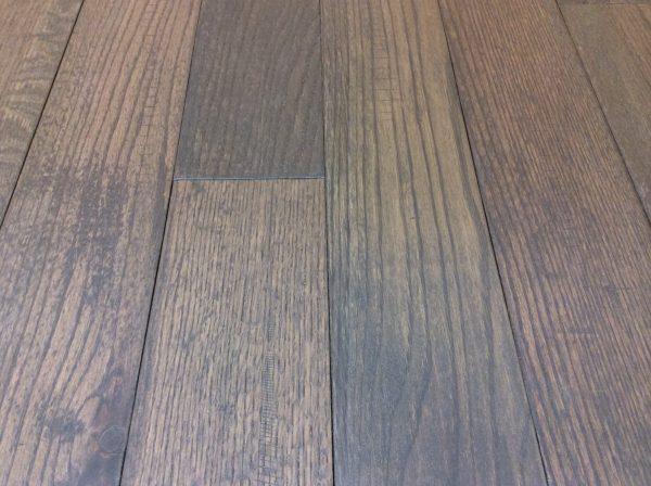 Hardwood Canada Hanscraped & Distressed Red Oak City Grey