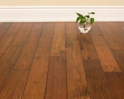 Hardwood Canada Hanscraped & Distressed Hickory Woodland